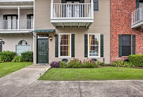 Photo for 3BR Townhome Vacation Rental in Baton Rouge, Louisiana