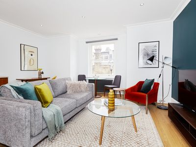 Photo for Lovely 1BR in Knightsbridge by Sonder