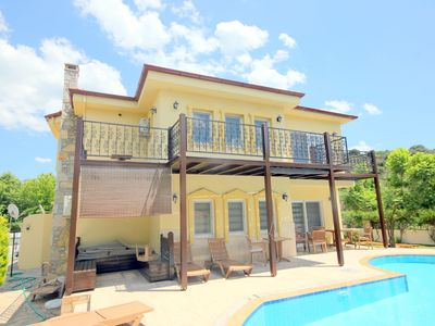 Photo for Fabulous 2 bed 3 bath detached Villa- 5 mins walk from the centre of Dalyan