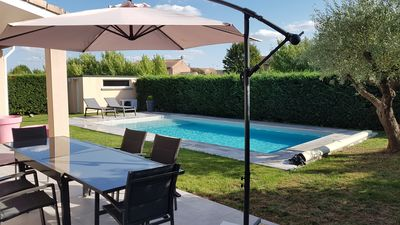 Photo for House with pool in a quiet area 15 minutes from Toulouse