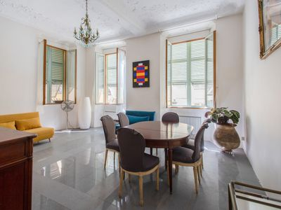 Photo for Bright flat at the heart of the Old Nice, 3 min from the beach - Welkeys