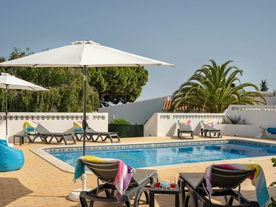 Photo for Walking distance to Carvoeiro, private villa with private pool
