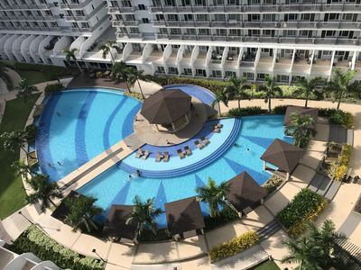 Photo for Best Value 5-Star QCondo across Mall of Asia, near Airport, Casinos & Manila Bay