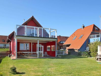 Photo for FeWo Anja: 60m², 3-room, 4 persons, sea view, terrace - cottage Robin