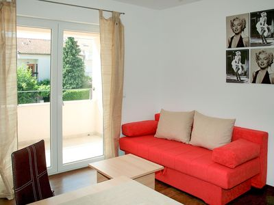 Photo for Cosy apartment for 4 people with A/C, WIFI, TV and parking