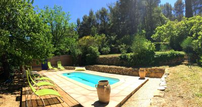 Photo for Beautiful pool villa, renovated, quiet 7 minutes from the beaches of Bandol