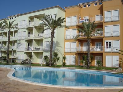 Photo for T1 in Albufeira with pool and parking - 15 min beach