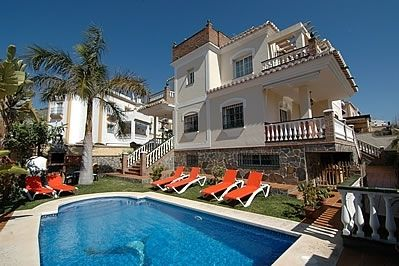 Photo for 5 bedroom Villa, sleeps 10 in Nerja with Pool, Air Con and WiFi