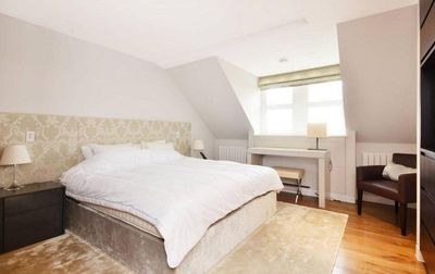 Photo for Luxury Apartment for 10 in OLD TOWN