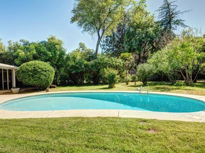 Photo for ★Family Friendly Home★King Bed★Pool★Near Bethel★