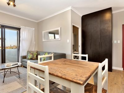 Photo for Spacious and Stylish 2 Bed Apartment WiFi