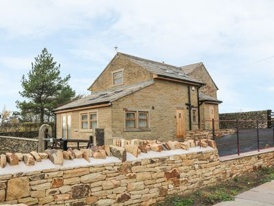 Photo for PEAK VIEW COTTAGE in Mellor, Greater Manchester, Ref 991794
