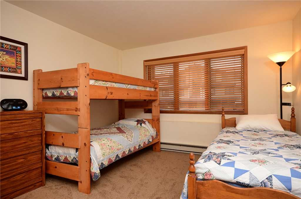 Click for discounts multi level bedroom with private