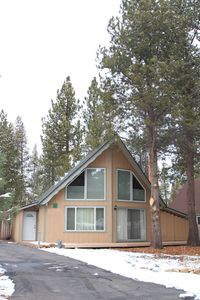 Photo for Comfortable, Cozy Tahoe 3BR/2BA Cabin - with Wifi