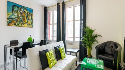 Photo for LA LOGE - 3 bedroom apartment Lyon 7