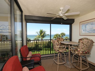 Screened, sultry-quiet lanai overlooking the Gulf of Mexico