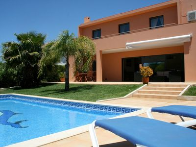 Photo for Modern Villa With Private Pool, 15 walk Old Town, 5min drive Golf,