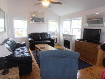 Tastefully Renovated Colchester Point Cottage With Clean, Sandy Beach