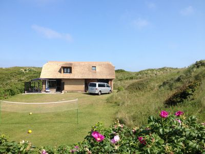 Photo for Idyllic thatched cottage in close proximity to the beach