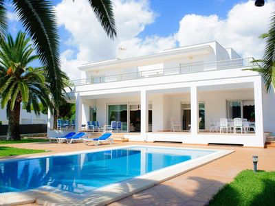 Photo for *** CALA D'OR VILLA *** 4 Bedrooms, 3 Bathrooms, Air Con, WiFi, Private Pool,BBQ