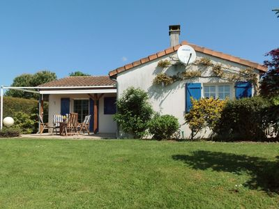 Photo for Luxurious, attractive holiday villa on spacious plot with covered terrace