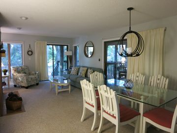 Quiet, Scenic view, Full Kiawah Resort amenities, Convenient 1st Floor