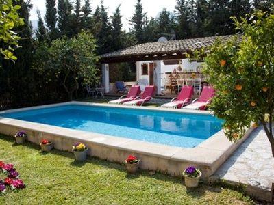 Photo for Exclusive Country House with Pool, WIFI and Superb Orange Orchard ET/1722
