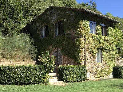 Photo for Florence, Siena, Arezzo:  Modern comfort and style in a historic Tuscan cottage.