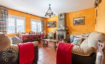 Self catering La Pasailla for 6 people