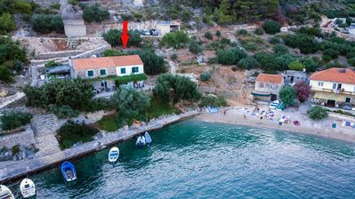 Photo for Apartment in Torac (Hvar), capacity 4+2
