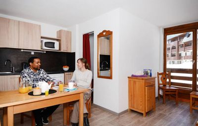 Photo for 50m from resort center, parking, tv, 26m², Val Thorens
