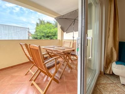 Photo for Family apartment Damir, 4 Pers, nice balcony, close to the beach