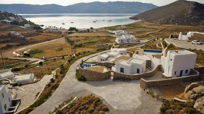 Photo for 2 Bd Villa with Common Pool,Panormos,Mykonos