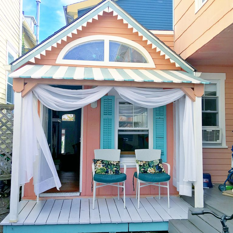 """Cupcake"" Guest House, 2 Blocks To The Beach In Ocean"