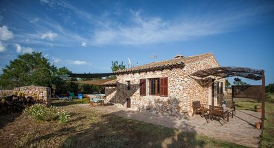 Photo for Beautiful house with pool in the countryside deMallorca