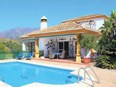 Photo for Country villa on golf resort w/ private pool, A/C, free Wi-Fi & BBQ