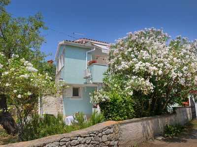 Photo for Apartment only 700 meters to the nature park Cape Kamenjak with kitchen, wifi, terrace, barbecue