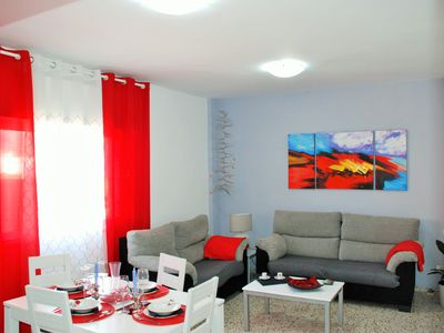 Photo for THE HOUSE OF COLORS (AREA OF THE ASTROPHYSICAL).  Large house, comfortable and quiet.