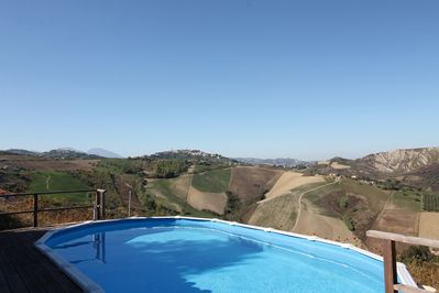 The pool with views over the valley
