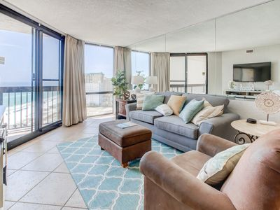 Photo for Comfortable Condo, Splash pad with multiple pools, On-site bar