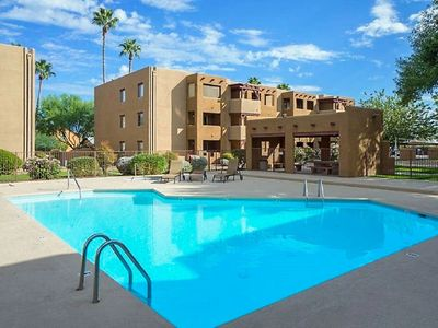 **Usually Full** Perfect Location !! Lux Condo & Amenities!