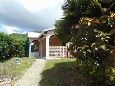 Photo for 5 minutes from the beach and the town: beautiful semi-detached house with swimming pool salt