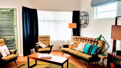 Photo for VINTAGE HEYDAY - FREE WIFI - FREE BIKE HIRE 1bd Retro Style, Pets by negotiation