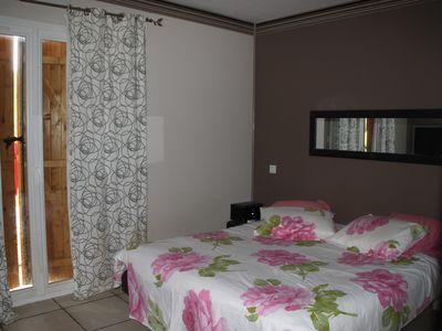 Photo for rent villa holidays with swimming pool on closed ground sported