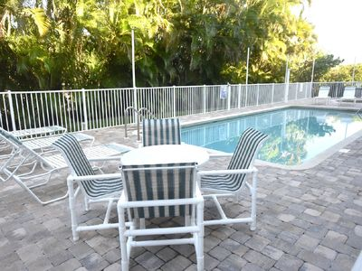 Photo for Sunrise Pointe - Lovely 3 bedroom condo with a gulfview