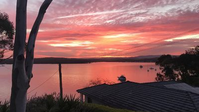 Photo for Lakeside Cottage - Sunsets Galore