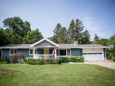 Photo for Endless Summer Escape, Charming Cottage: golf cart included & 1 blk from beach!