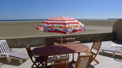 Photo for PRICE in FALL HOUSE on the BEACH in St Pierre la Mer