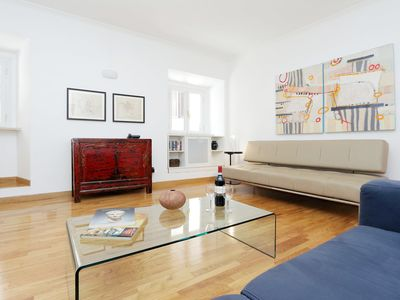 Photo for The Spanish Steps Apartment on Via della Mercede -- Free airport pickup!!