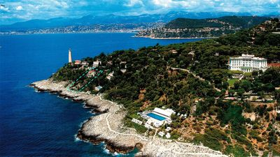 Photo for WATERS EDGE VILLA with Pool for 10 Guests - Steps from Hotel Du Cap